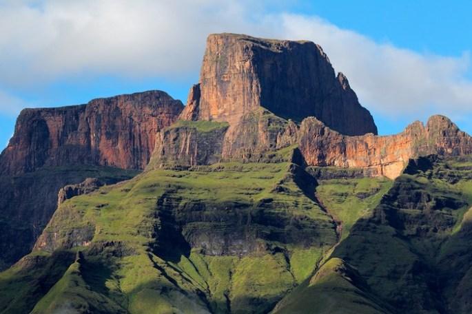 Sentinel peak 2.jpg