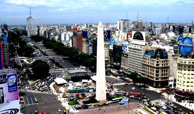 La_Avenida_más_ancha_del_Mundo...._-_panoramio